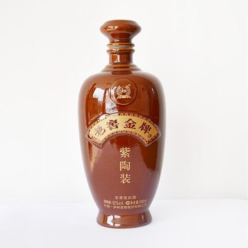 老窖金牌紫陶装酒瓶